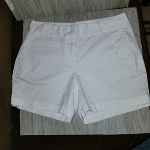 Vineyard Vines Dayboat classic shorts Size 4 EUC